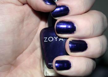 Zoya-flash
