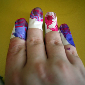 nails-dipped