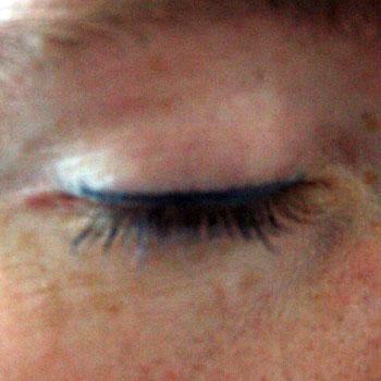 navy-eye