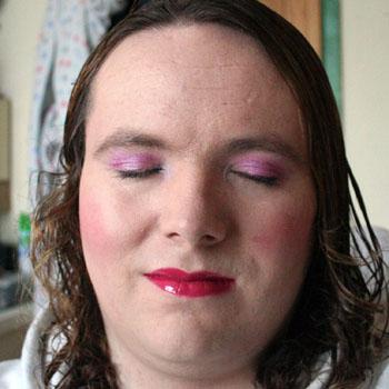 pink-eyesclosed